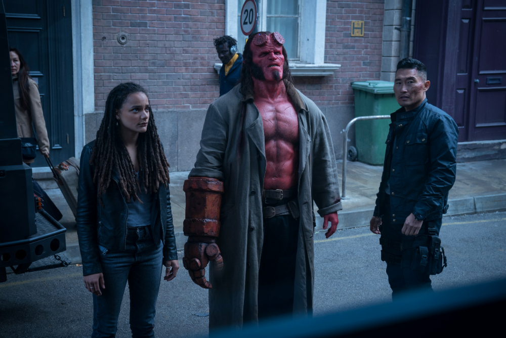hellboy-HB_D010_02320_CRC_rgb_photo-resizer.ru