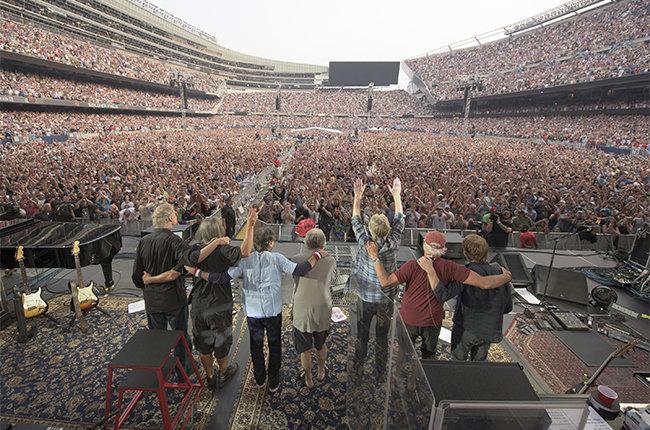 """Заключительный концерт Grateful Dead: прощай, """"благодарный мертвец""""!"""