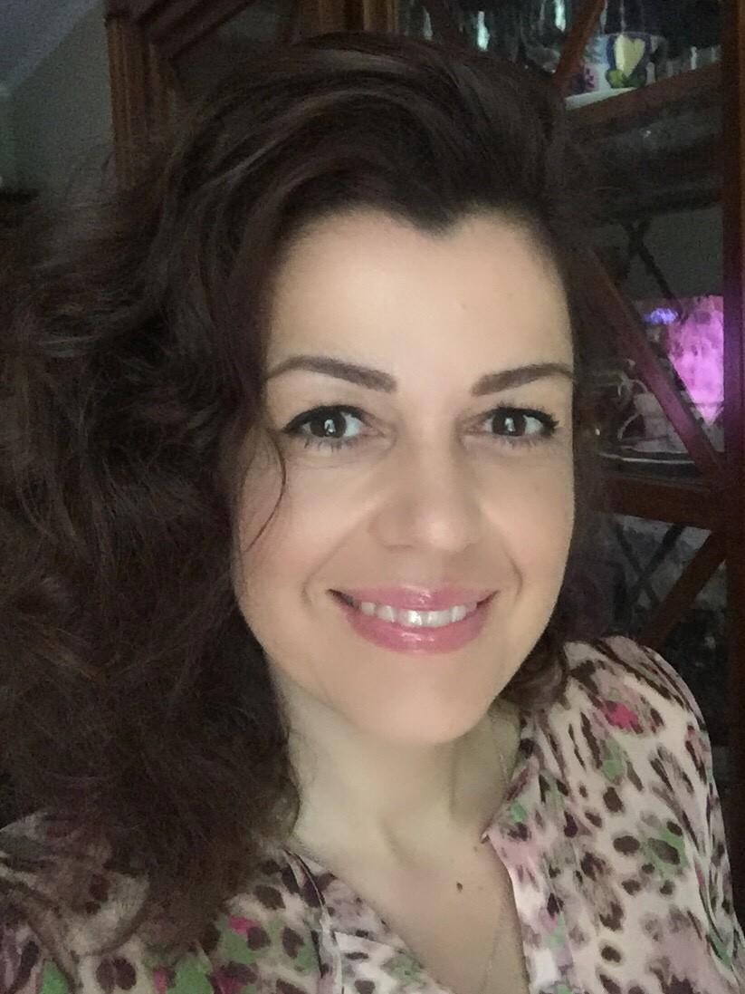 Яна Назарова